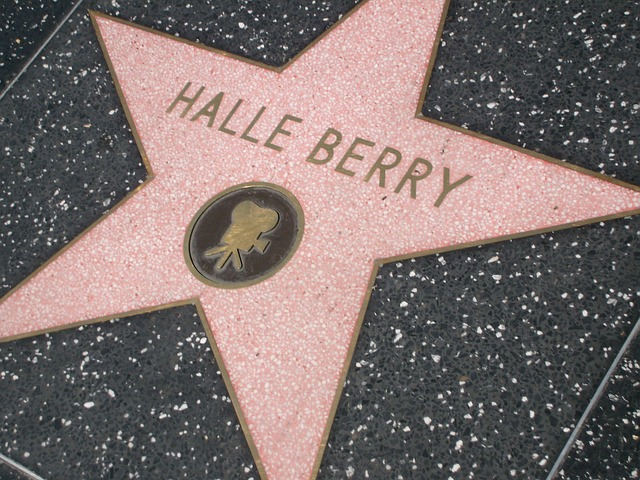 Halle Berry star. Los Angels bariatric surgery seminar with Mexico Bariatric Center.