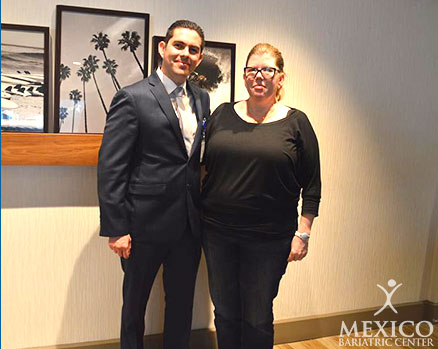 Mexico Bariatric Center. Los Angeles bariatric surgery seminar 2016. Dr. Gutierrez with Jan, the gastric sleeve winner!