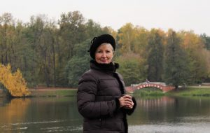 feel cold after gastric sleeve surgery, woman in a jacket