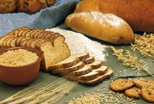 whole wheat bread, foods for healthy skin