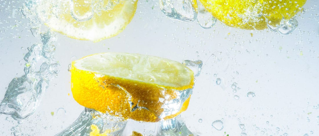 10 Rewarding Health Benefits of Lemon Water in Your Diet