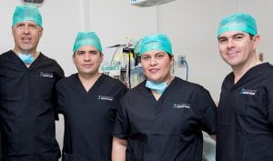 Founder and CEO of Mexico Bariatric Center, Ron Elli, with Mexico Bariatric Center surgeons, Dr. Alejandro Gutierrez, Dr. Ismael Cabrera and Dr. Louisiana Valenzuela