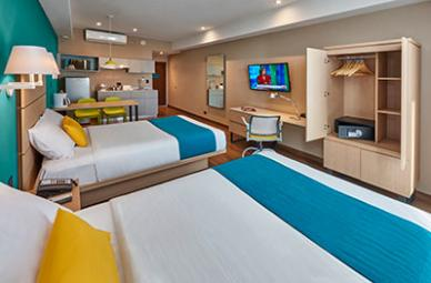City Express Suites Hotel room
